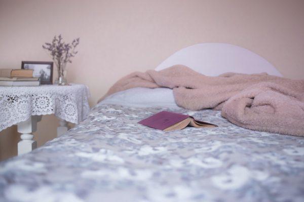 Decke mit Ärmeln für Erwachsene